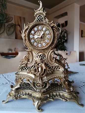 Mosiężny zegar kominkowy z wahadelkiem