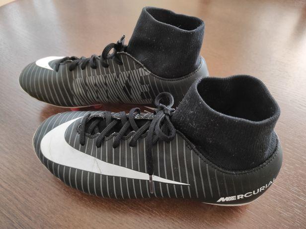 Chuteiras marca Nike