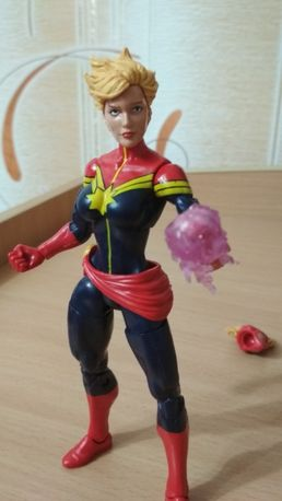 Фигурка игрушка Marvel legends Avengers Captain Marvel Капитан Марвел