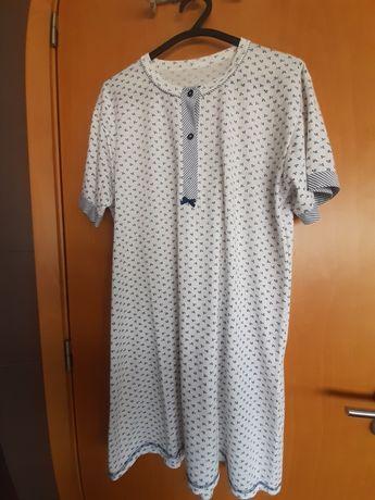 Camisa de dormir e robe de manga curta
