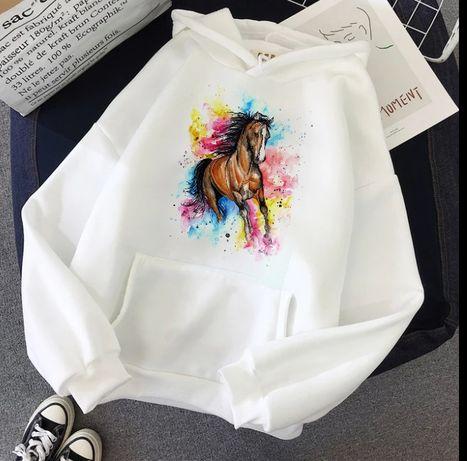 Bluza biała z kapturem koń konie prezent święta S-XXL