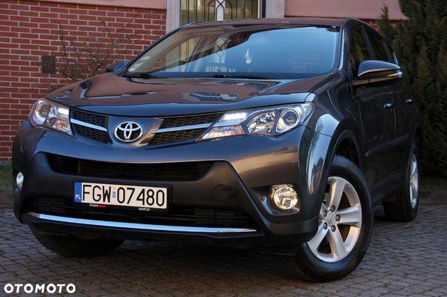 Toyota Rav4 2.0 D4d 124km Oryg. Lakier Kamera Ledy Zarejestr. Pl