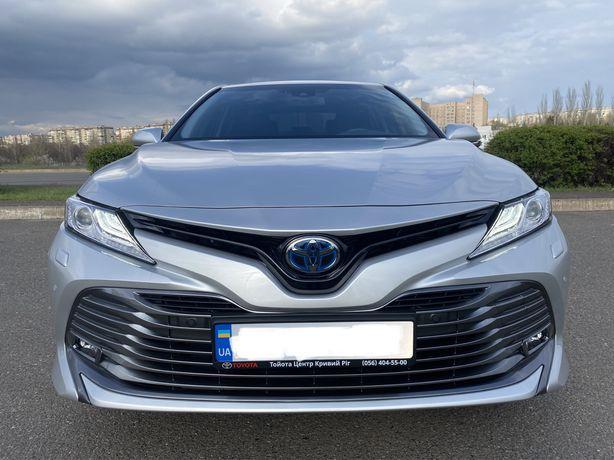 НОВАЯ Тойота Камри ГИБРИД 6 тыс пробега!Машине всего 6 месяцев!ОФИЦИАЛ