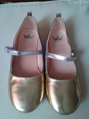 Туфельки для девочки роз. 33