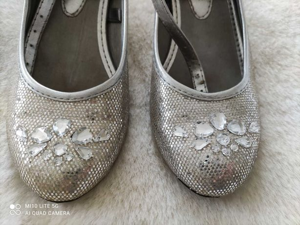 Sapatos de princesa para menina