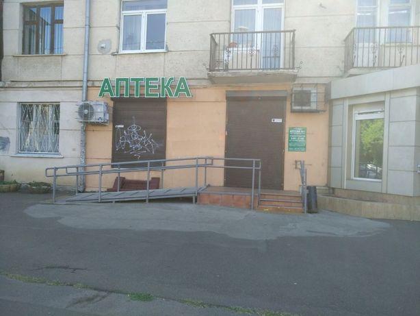 ЛФ-2 Сдам под аптеку, магазин помещение на проспекте Гагарина