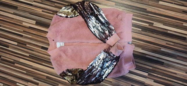Zestaw ubrań dla dziewczynki 146-152