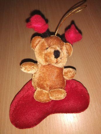 Подарунок день закоханих Валентина мяке серце ведмедик