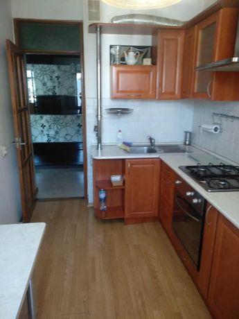 Продається 3 кімнатна квартира на Тлехаса
