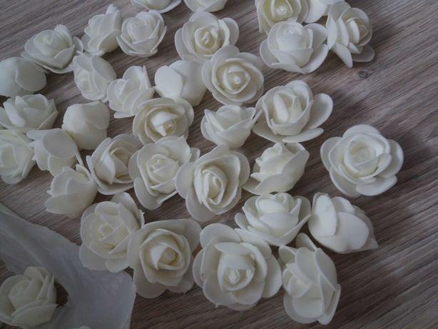 Piankowe róże 3cm