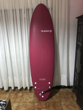 Prancha otima para iniciar o mundo do surf