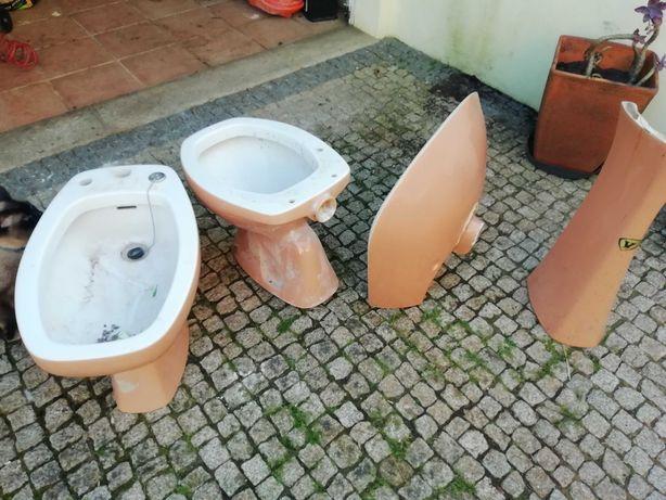 Louça casa de banho