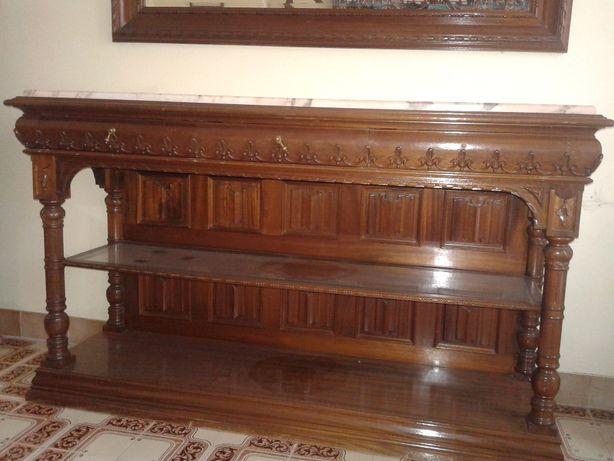 Conjunto de móvel em madeira maciça e espelho