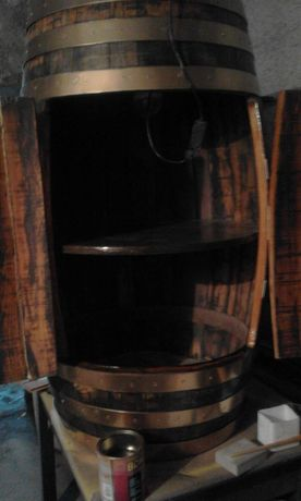 Bar de pipa grande tons preto