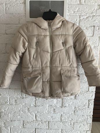 Курточка демисизон,зима.Mango,Zara,HM 7/8 лет