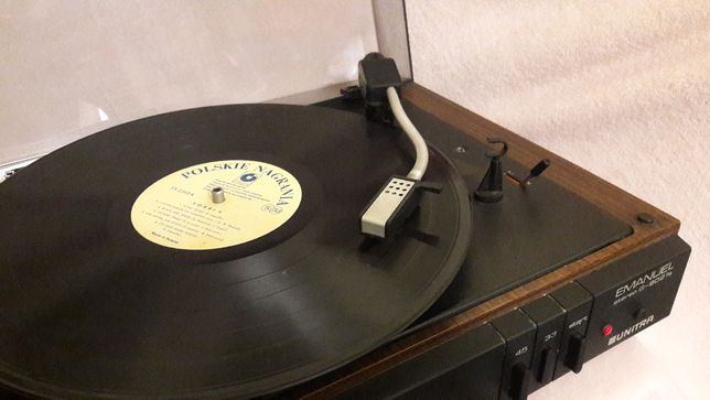 gramofon Emanuel