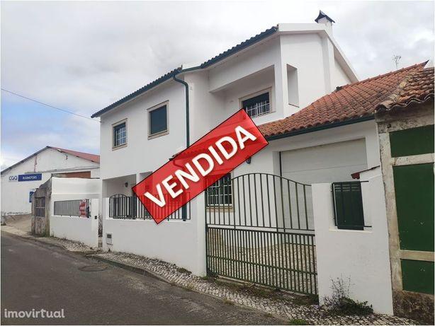 Imóvel do Banco - Moradia T4 em Pereira