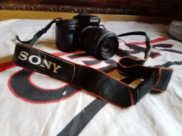 Lustrzanka Sony Alpha 350 duży zestaw akcesoriów 2 obiektywy statyw