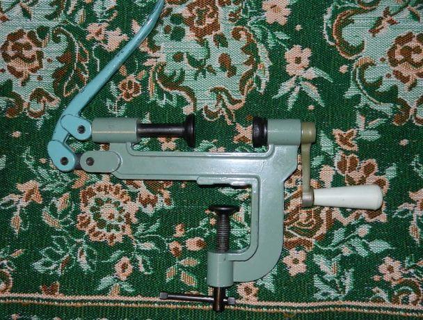 Закрутка настольная для снаряжения патронов 16 калибра