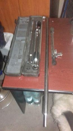 narzędzia i urządzenia warsztatowe