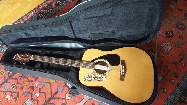 Ямаха ф310 гітара шестиструнна