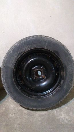 Зимова резина на стальних дисках Nokian 185/65 R15
