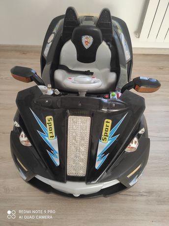 Електромобіль дитячий