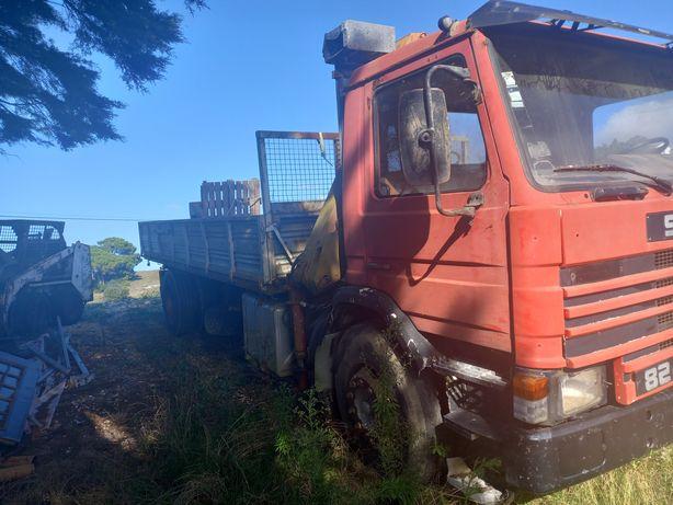 Scania 83 camião grua e bascula