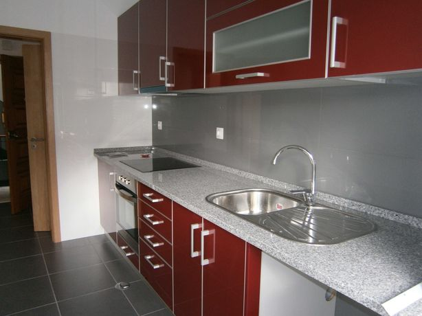 Aluga-se apartamento T1