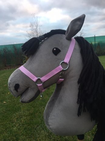 Kantary i uwiązy dla hobby horse