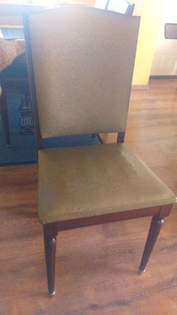 Krzesła cena za 4 sztuki