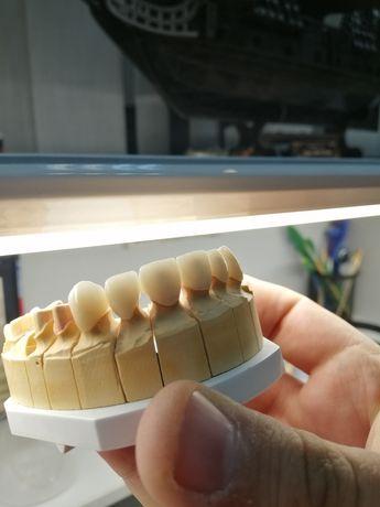 Зубной техник. Опыт более 5 лет