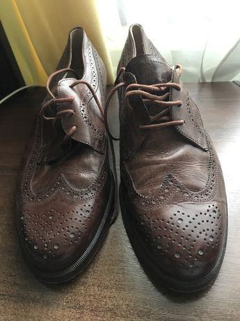 Чоловіче взуття черевики