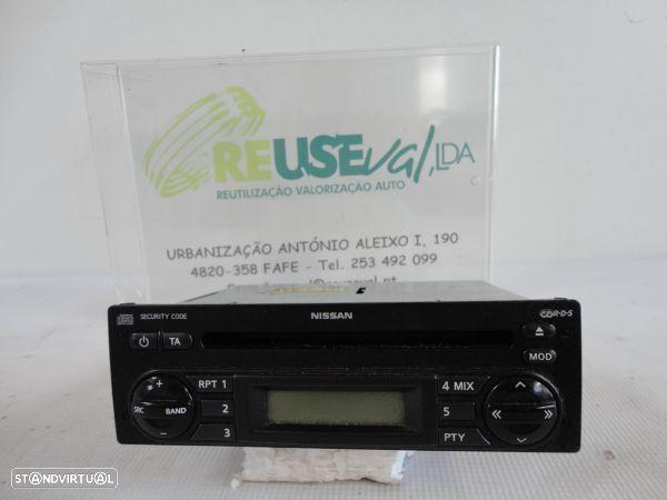 Auto-Radio Nissan Note (E11, Ne11)