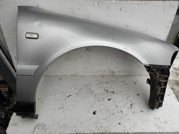 Błotnik prawy przód Audi A5 B5 lift 99-01 R LY7W