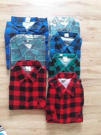Nowe ubrania i koszule robocze