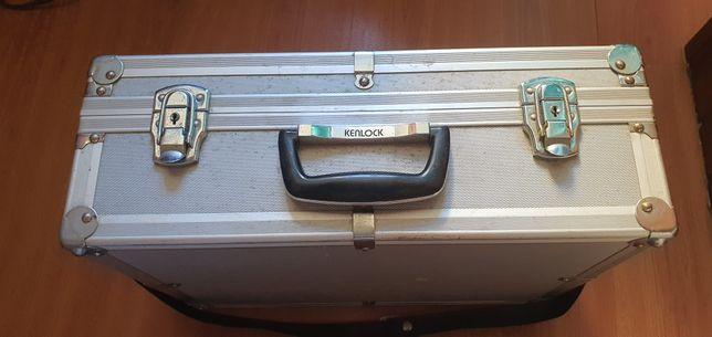 Caixa Kenlock para material fotográfico