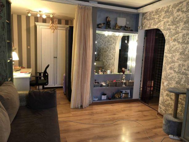 Продам 2-комнатную квартиру на Заболотного