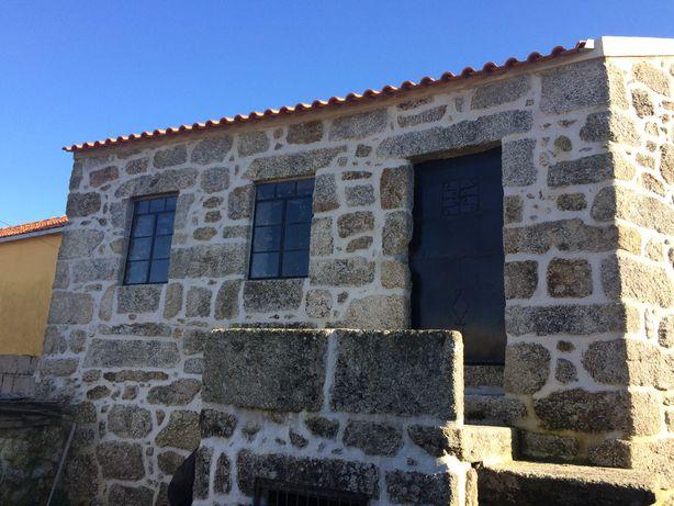 Moradia p recuperar em Aldeia do Parque Natural Serra da Estrela