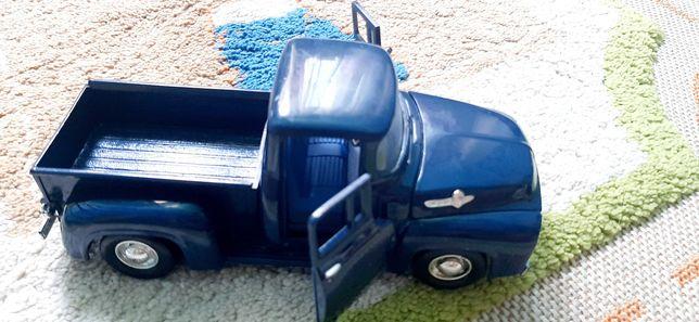 Детские игрушки, машины