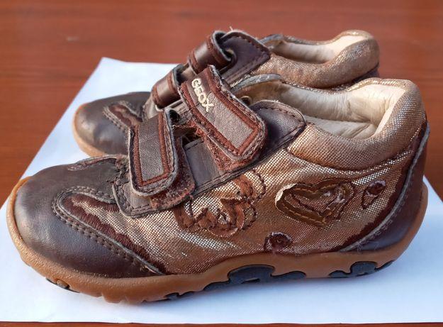 Кросівки шкуряні для дівчинки 23 розмір