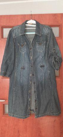 Jeansowy płaszczyk