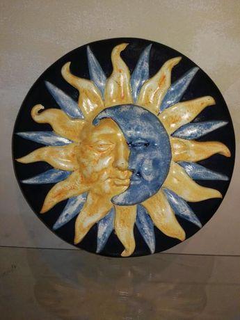 Eclipse em Porcelana Pintado á Mão