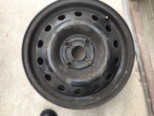 Продам стальные диски (4шт)R15 разболтовка 114.3