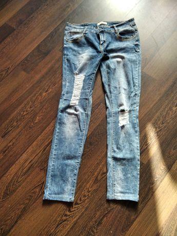 Sprzedam spodnie damskie rozmiar 40 i 44