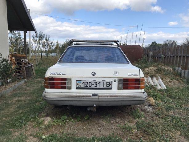 Opel record з документами на запчастини