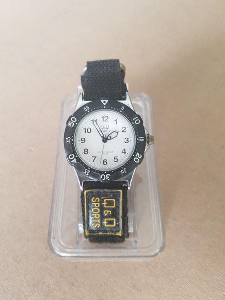 Zegarek sportowy na rzep