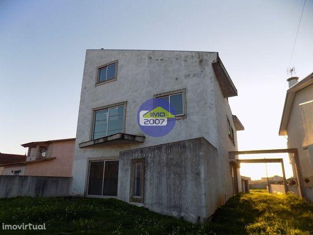 Moradia inacabada Murtosa Imóvel de Banco