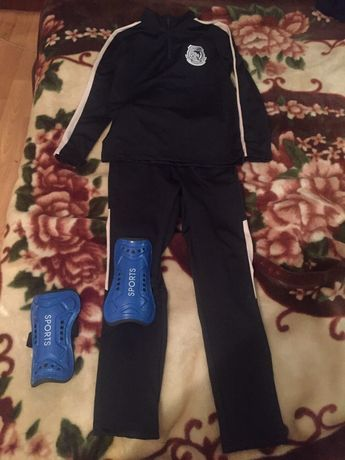 Спортивный костюм для футбола