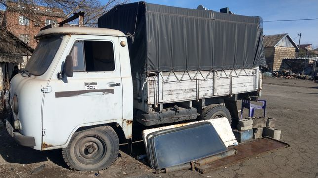 Продам УАЗ грузовой